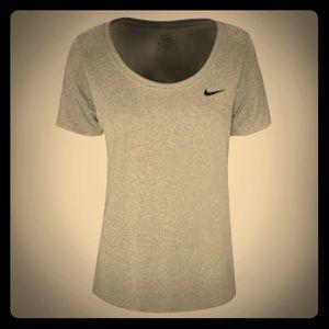 Nike Womens Dri-Fit Scoop Neck Running Shirt NWT
